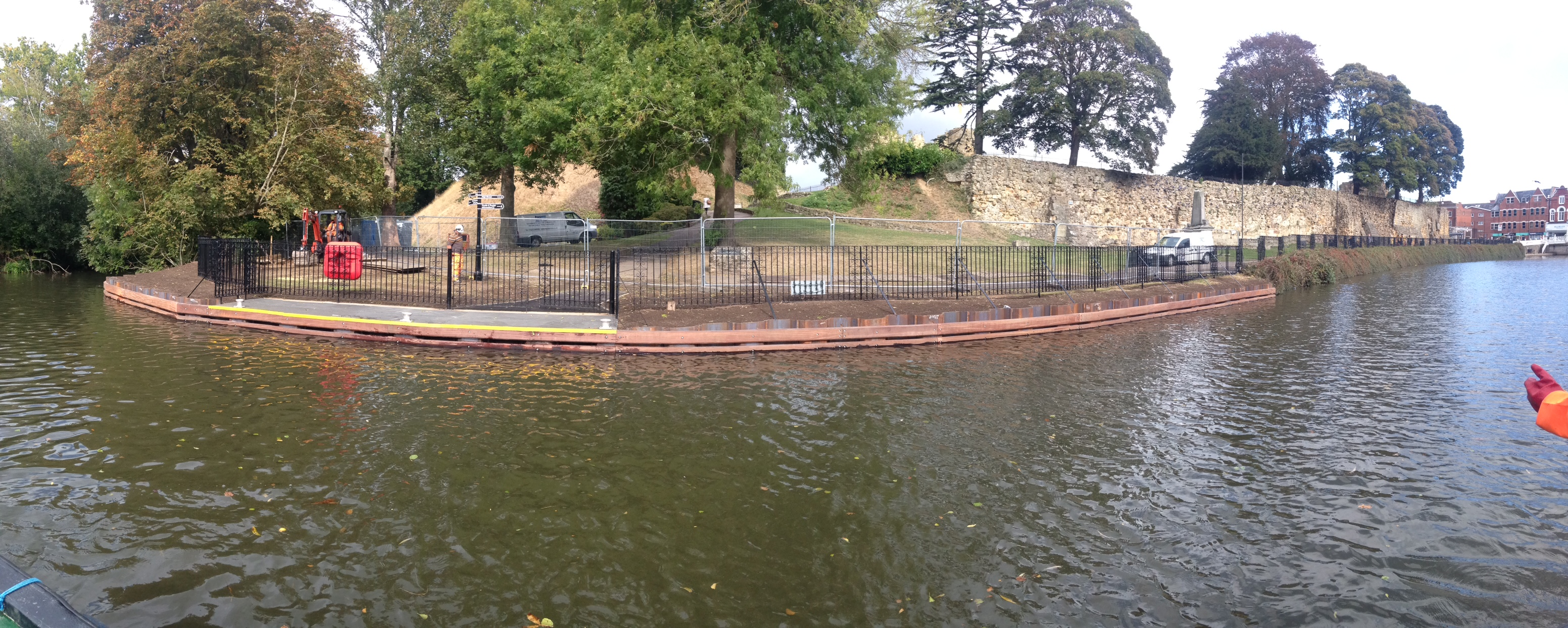 Tonbridge Marine river wall repair